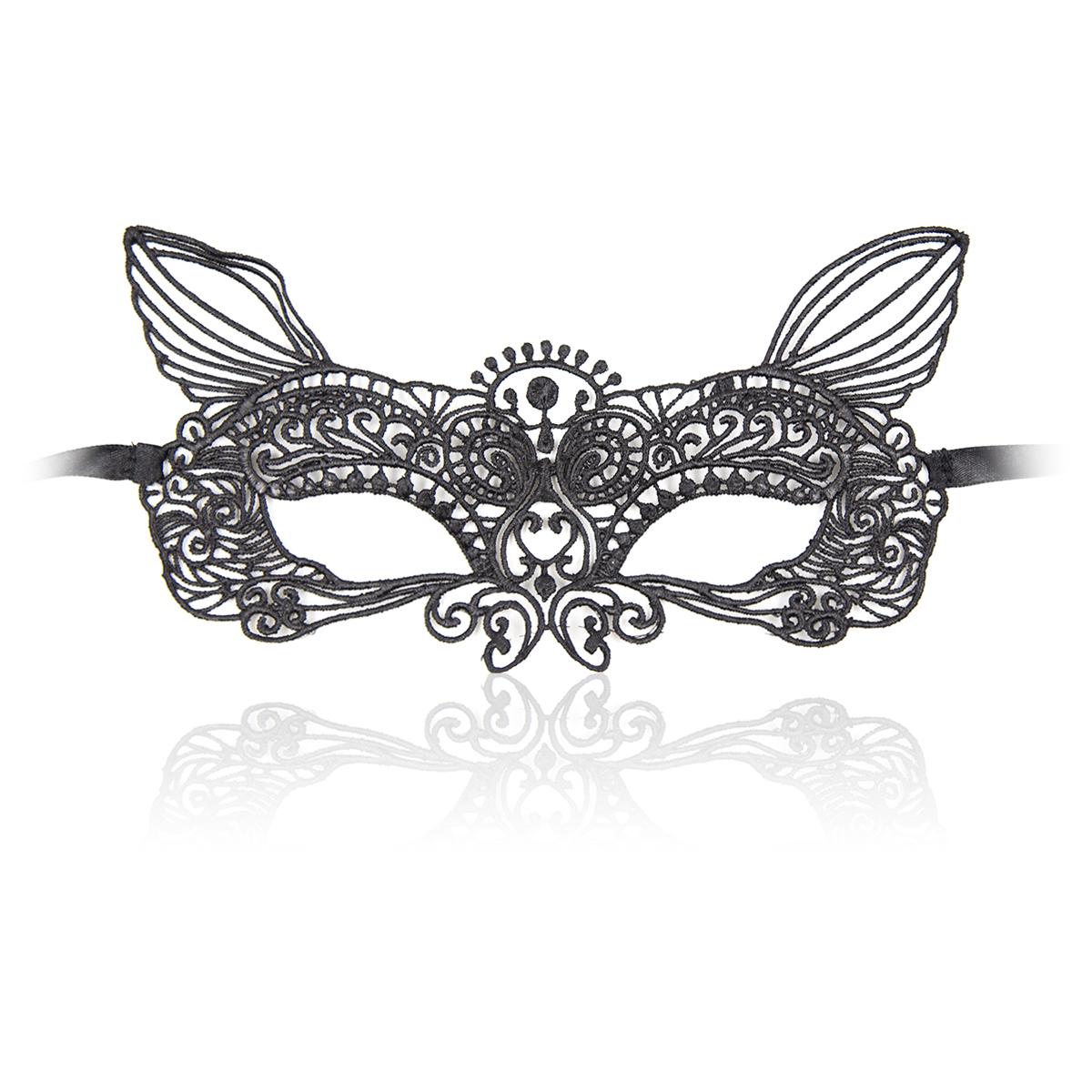 Роскошная черная кружевная маска